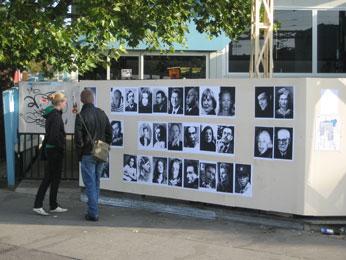"Anna Artaker: ""Personenalphabet"" , 2008 (Plakat-Installation)"