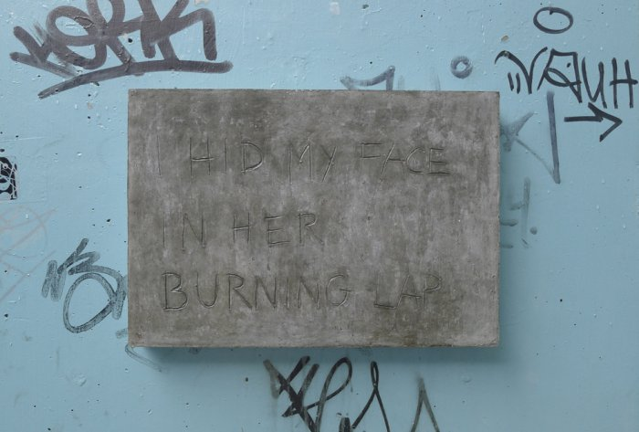 Toni Schmale, i hid my face in her burning lap, 2014, Beton 38x55cm