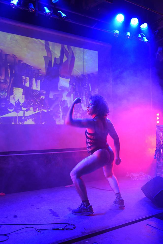 Pêdra Costa, Solange, tô aberta!, 2015, Performance, 20'