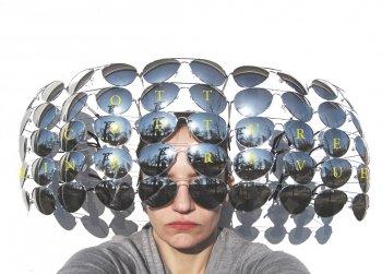 Bild zu Ott Couture - Das Licht und die Motten, eine Revue